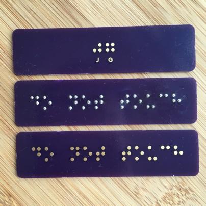 http://jg.sn.sg/braille/
